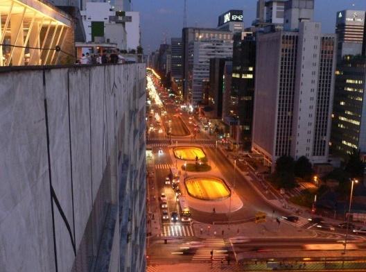 Vista do Edifício Anchieta para a Avenida Paulista<br />Foto Bernard Cier