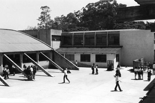 """Colégio Vocacional Oswaldo Aranha, São Paulo, 1969<br />Foto divulgação  [Documentário """"Vocacional, uma aventura humana"""", direção de Toni Venturi]"""
