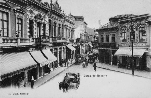 O postal do Largo do Rosário, cartão postal com foto de Guilherme Gaensly<br />Imagem divulgação