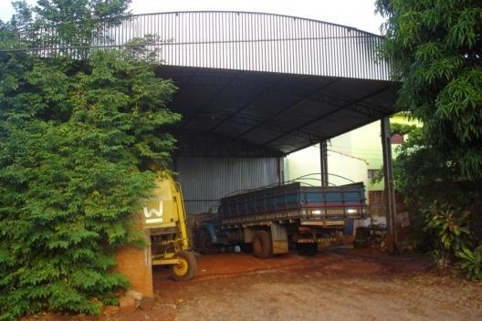 Galpão para o armazenamento de implementos agrícolas em Ângulo/PR<br />Foto das autoras