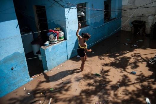 Enchente em Taboão da Serra, São Paulo<br />Foto Marcelo Camargo  [Agência Brasil]