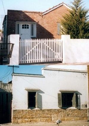 Imagem 7. Casinhas onde a materialidade de suas fachadas foi transformada [levantamento pessoal]