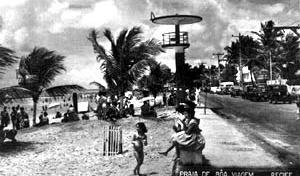 Figura 02 – Praia de Boa Viagem, na década de 1950 [Museu da Cidade do Recife]