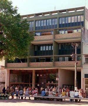 "Edifício ""A Nacional"", Cataguases MG. Arquitetos M.M.M. Roberto, 1957<br />Foto Pedro Lobo  [IPHAN-BH]"