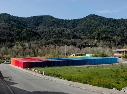El Petit Comte Kindergarten, 2010, Besalú, Girona, Spain, en collaboration con J. Puigcorbé<br />Fotografía Hisao Suzuki  [Website Pritzker Prize]