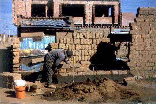Construção em adobe