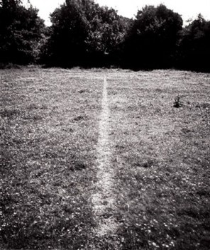 A line made by walking, Richard Long, 1967