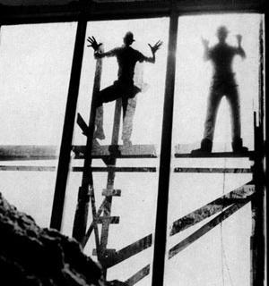 Masp, colocação dos vidros em fachada [Acervo Instituto P.M. e Lina Bo Bardi]