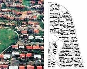 Village Homes, 1973. Davis, Califórnia. Projeto com orientação norte-sul para as moradias e rede de caminhos para pedestres e ciclovias [Community Greens / www.web.mit.edu/course/11/11.328j/www/index.html]