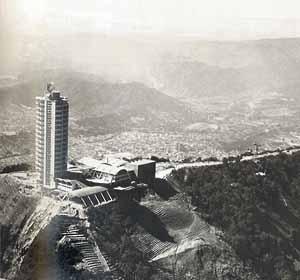 Vista general del hotel Humboldt, Tomás Sanabria. Monte Ávila, Caracas