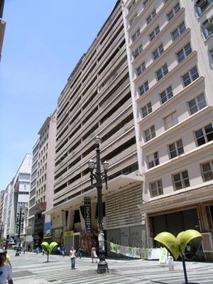 Figura 1 – Edifício e Galeria Califórnia – fachada para a Rua Barão de Itapetininga