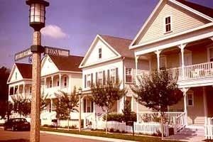 Celebration, cidade-nova de Robert Stern e Jaquelin Robertson, empreendimento urbanístico de sucesso produzido pela Disney Corporation na Florida<br />Foto L. Castello