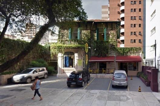Antiga casa na rua Maranhão 812, fev. 2014 <br />Imagem divulgação  [Google maps]