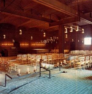 Sigürd Lewerentz, Igreja de São Pedro, Klippan, interior da Igreja<br />Foto Fabio Galli  [Claes Dymling. Architect Sigurd Lewerentz, vol. I, p.171]