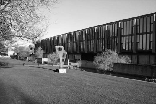 Arne Jacobsen e a expressividade da estrutura